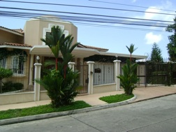 Dos Mares – Luxurious house, with excelent location