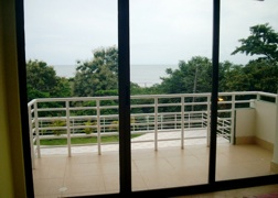 Gorgona Ocean Front fully furnished direct ocean view condo